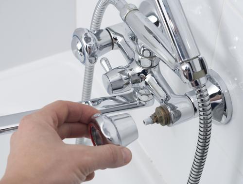 Klussenbedrijf Jongsma Emmeloord badkamer sanitair kraan