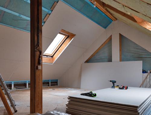 Klussenbedrijf Jongsma Emmeloord zolder verbouwing wanden plaatsen dakraam
