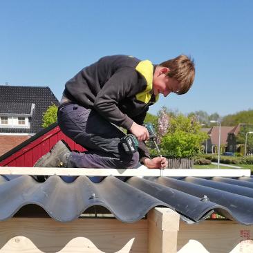 Klussenbedrijf Jongsma Emmeloord dakbedekking tuinhuis